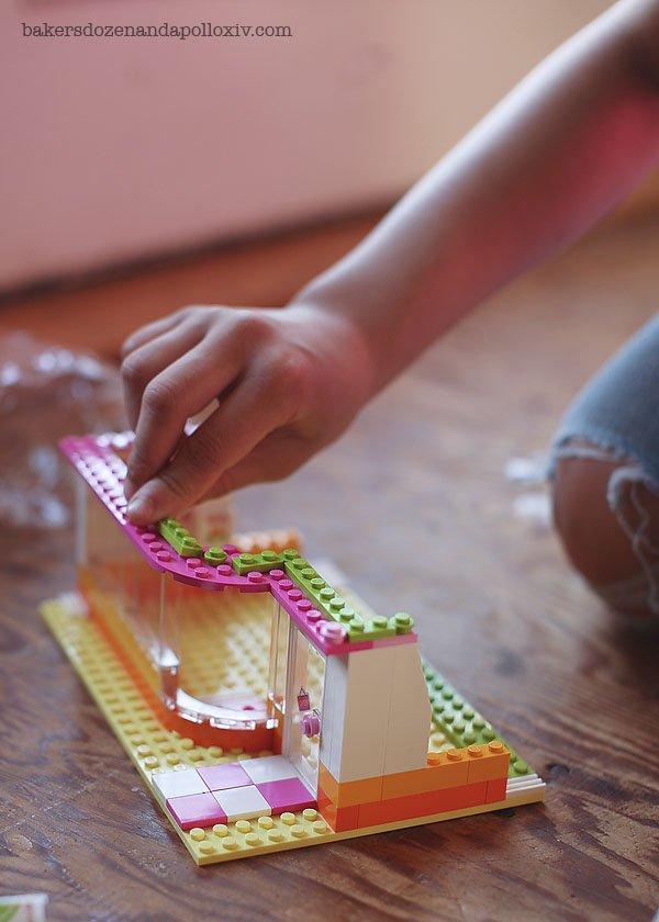 2014 Fun Girls night with Avi and the LEGO Friends HeartLake Juice Bar.