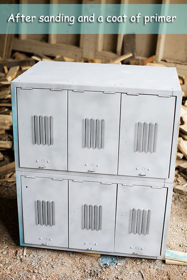 how to paint metal lockers DIY