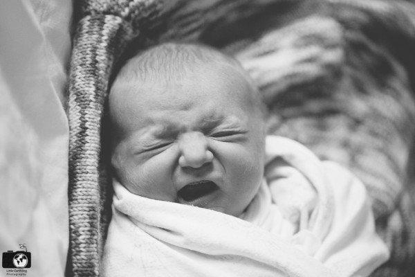 in-hospital newborn photos