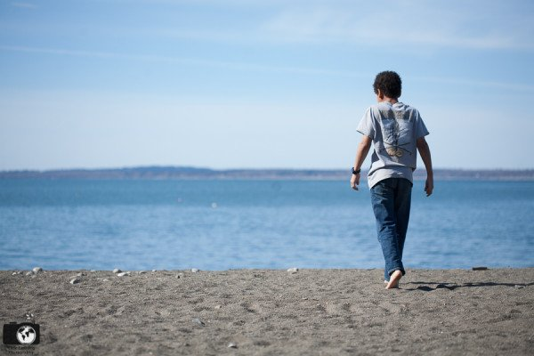boy-on-the-beach