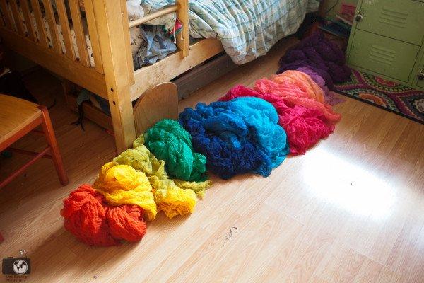 diy-rainbow-bed-canopy-0614