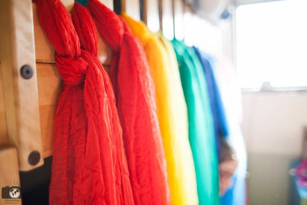 diy-rainbow-bed-canopy-0636