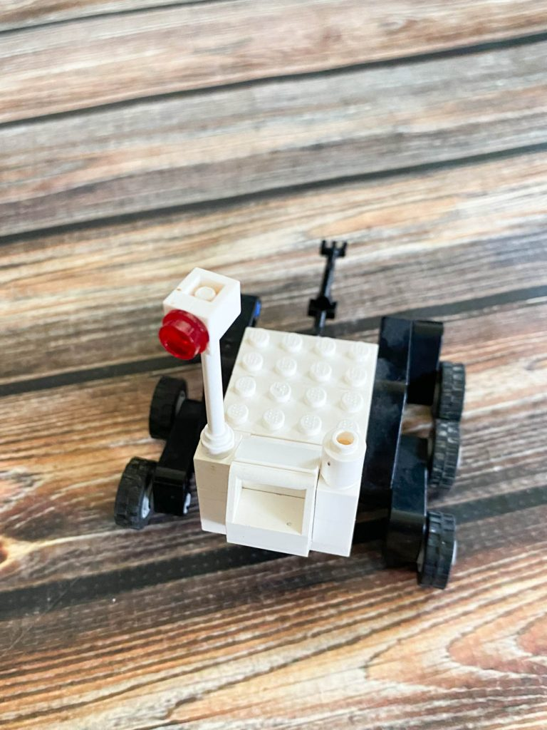 Curiousity Mars rover made from LEGO bricks.