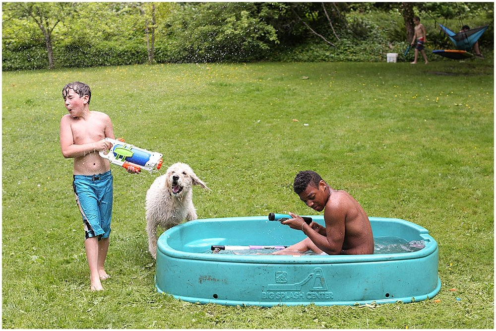 Apollo and Mordecai having a water fight.