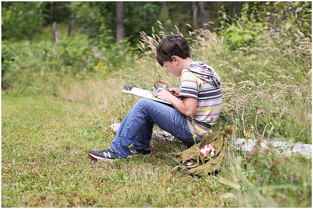 8 reasons to use a nature journal with your kids.