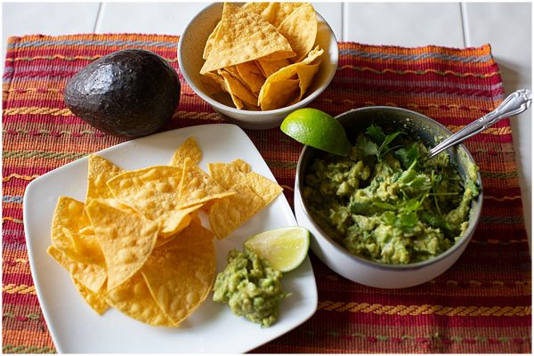 Easy guacamole recipe.