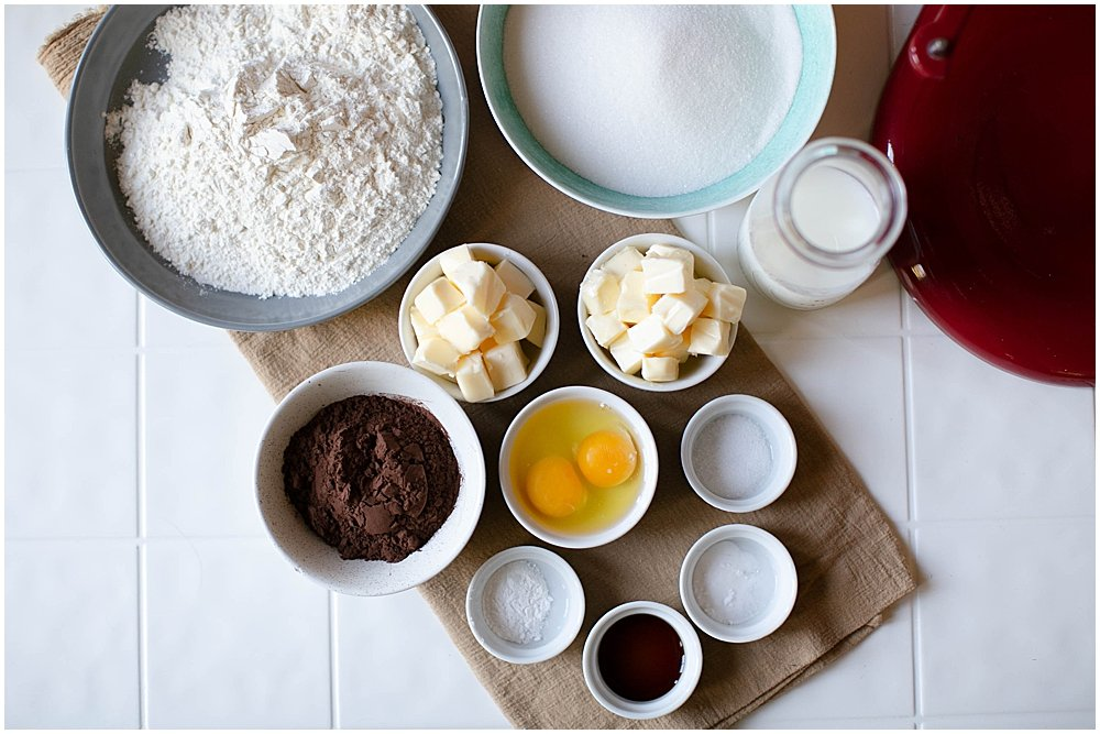 Simple ingredients make the best cakes.