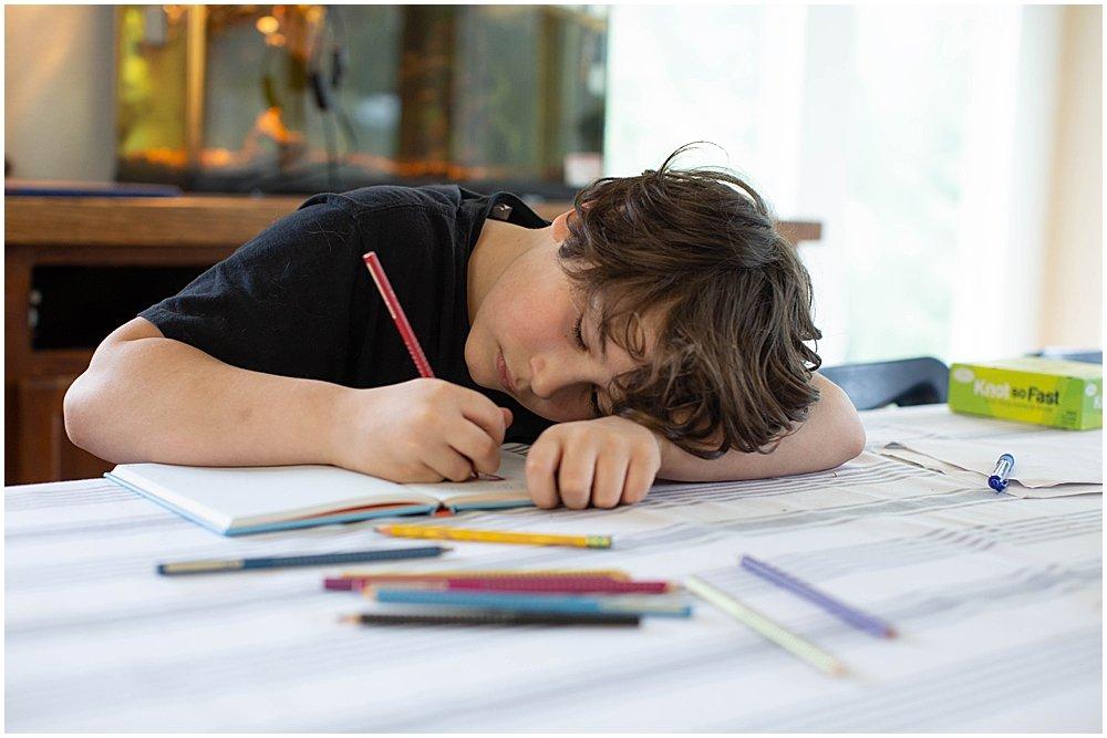 Doodle Aventures inspires kids toward creativity.